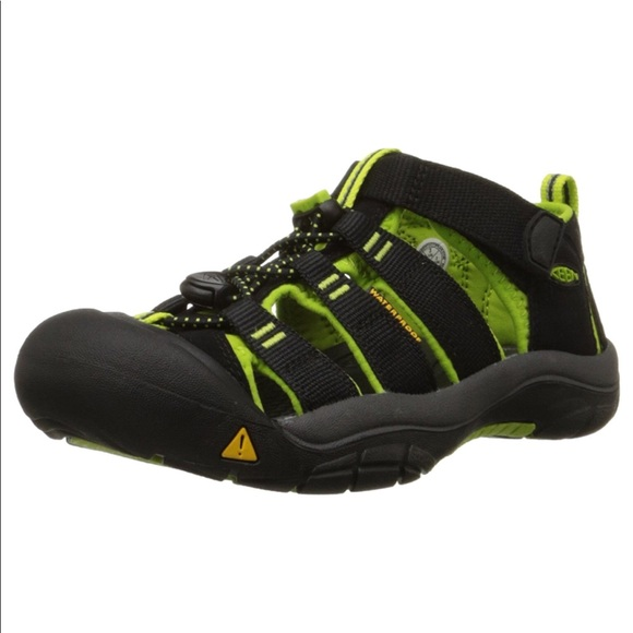 8c9b598fadb Keen Shoes | Black With Lime Green Newport H2 Sandals 4y | Poshmark